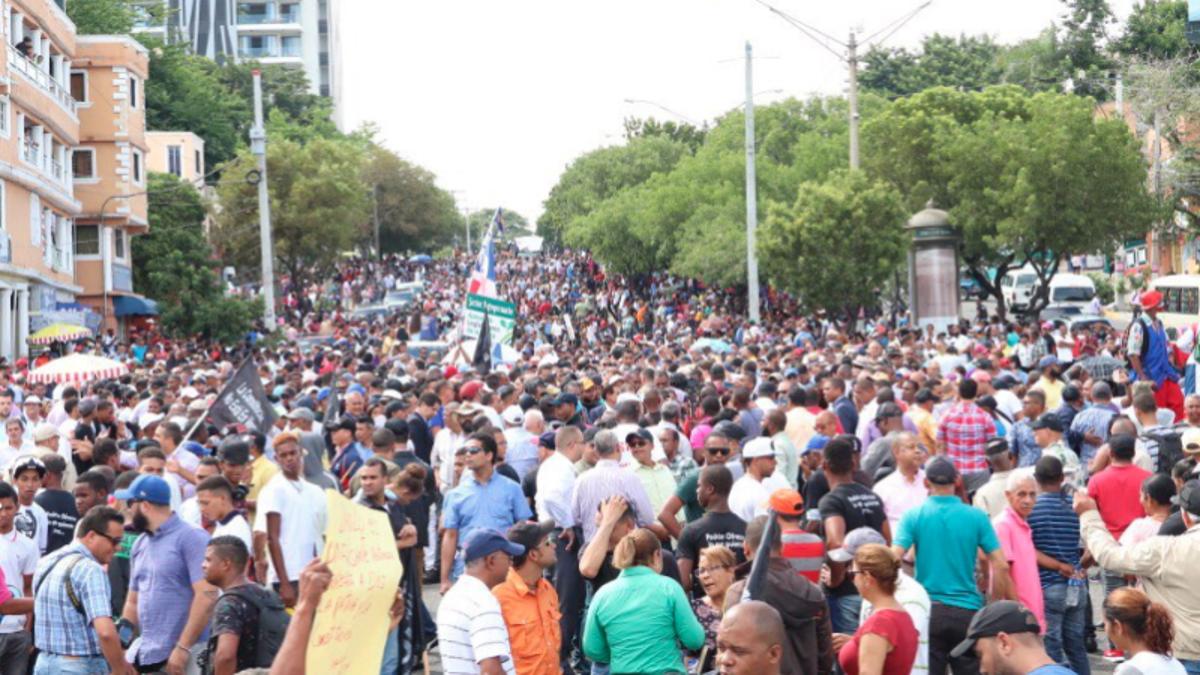 Resultado de imagen para marcha leonel congreso